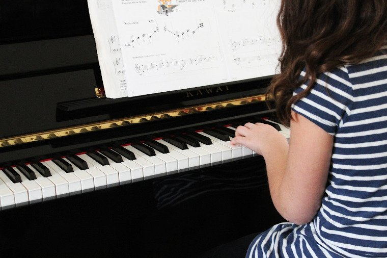 help your child find success with piano lessons