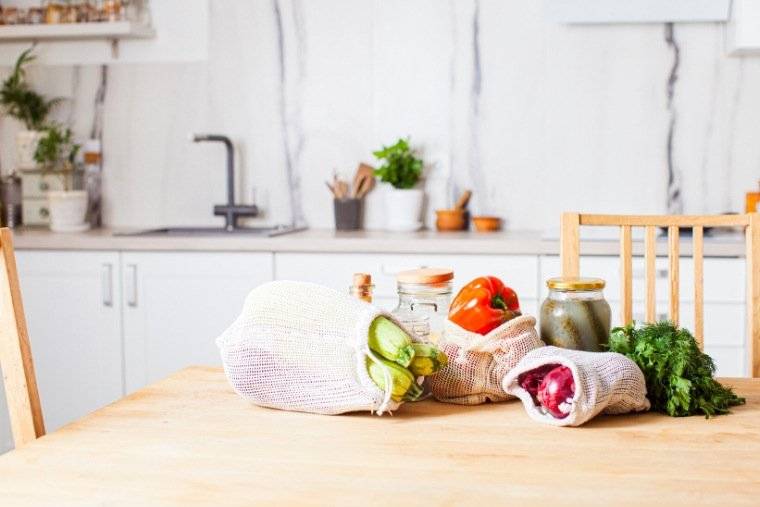 12 smart ways to save money on groceries