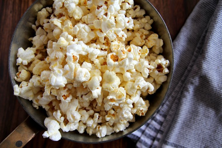 Finished old-fashioned kettle corn popcorn