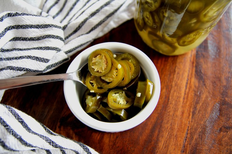 lacto-fermented-sliced-jalapeno-peppers