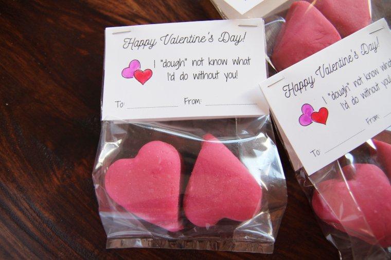 punny playdough valentines close up